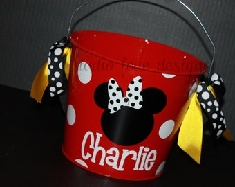 5 QT Personalized MINNIE/MICKEY Mouse Halloween Basket/Bucket/Pail - Metal Halloween Trick or treat Bucket - Assorted Colors Available