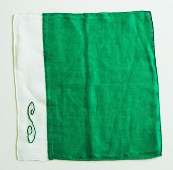 "Collectible GREEN LINEN HANDKERSHIEF with Initial 'S' Perfect for St. Patrick's Day, Very Good Vintage Condition, 10"" x 11"""