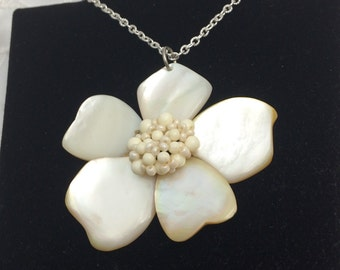 Forget me Not Flower Pendant, Floral Design, Mother of Pearl, carved shell, Item No. B600