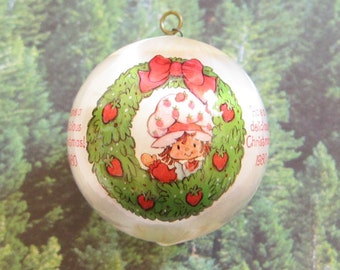 Have a Delicious Christmas 1980 Strawberry Shortcake Ornament Silk Ball with Wreath