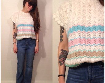 Vintage 70s Short Sleeve White Pastel Stripe Sweater Top Blouse Size Small / Medium