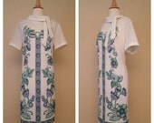 ON SALE Vintage 1960s Mod Floral Shift Dress - White with Blue and Green Print - Size XL Large
