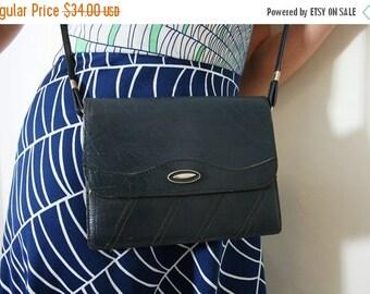 ON SALE Vintage Navy Blue Leather Purse Shoulder Bag