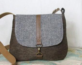 Biloxi - Crossbody messenger bag // Vintage wool // Adjustable strap // Confetti tweed // Fall purse // Travel bag //Blue // Made to order