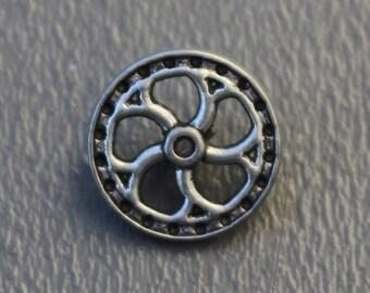"Antiqued Silver Metal Flywheel Buttons 5/8"" Shank - Steampunk - Silvertone"