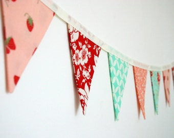 Mini Fabric Bunting - Hello Darling - Photo Prop, Party Decor, Fabric Garland, Nursery Decor