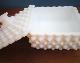 Square Fenton Hobnail Milk Glass Candy Dish/Square Flat Puff Box/Hobnail Milk Glass Square Bowl with Lid