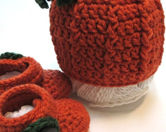 Baby fall pumpkin hat and booties set.  Made to order fall photography prop for pumpkin patch or apple orchard.