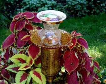 Art sculpture outdoor Garden decor and Yard TOTEM  made with recycled glass