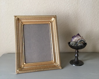5x7 Mid Century Modern Picture Frame / Gold Metal With Art Deco Filigree / Home Decor Perfect For Old Family Photo / Antique Photo Frame