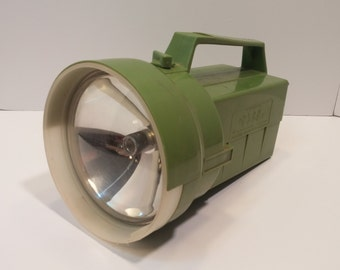 Vintage The 2500 SPECIAL Lantern Battery Flashlight Made in Kansas City, U.S.A. - CLEAN - Nichol Bros.