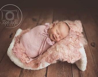 newborn knit pod, photo props, POD ONLY ruffles