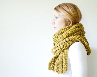 SUMMER SALE the OSLO scarf - chunky extra long scarf - moss