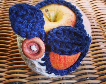 White & Navy Apple Cozy