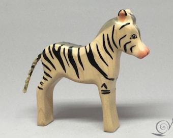 Toy Zebra black white striped colourful small Size: 9,5 x 9,0 x 2,0 cm (bxhxs) ca. 30,0 gr.