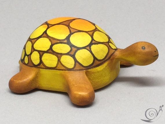 Toy Turtle wooden colourful orange grown Size: 5,5 x 8,5  x 3,0 cm (bxhxs)  appr.  30,0 gr.