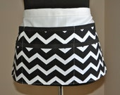 Chevron utility Apron, Women's Vendor Apron, Teacher apron, Black and white Chevron Apron.  Ready to ship