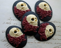DAY of the DEAD Sugar Skull with Roses Cameo Cabs Cabochon Day of the Dead Dia de los Muertos Skull Black Ivory 40x30mm 5 PIECES