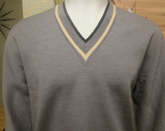 Mens Vintage Grey Pullover Sweater