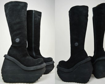 90s Cyber Goth Sonax Black Suede Turned Up Toe Knee High Platform Boots UK 6.5 / US 9 / EU 39.5