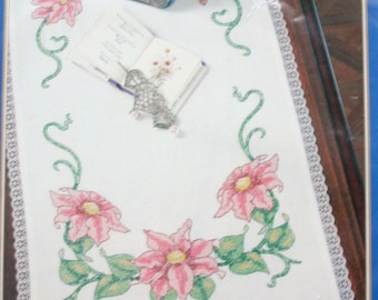 """Bucilla special edition dresser Scarf for embroidery """"Clematis"""" table runner kit crosstitch"""