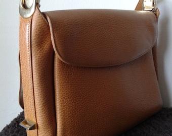 Leather shoulder bag, beige leather handbag, Made in Italy , Retro bag