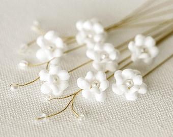 425 Wedding hair flowers, White silk flowers, Flower hair accessories,Hair flowers Pearl hair accessory, Wedding pearl flowers, Silk flowers
