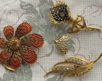 Lot of 4 Gold Tone ~ENAMEL & RHINESTONE ~ BROOCHES ~ Floral and Bee Motif ~ Must See