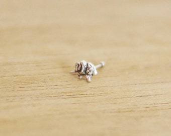 Tiny Elephant Nose Stud  /Tiny nose Stud /  Nose Piercing / Tiny nose stud Cartilage Piercing