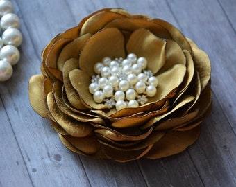 Gold Wedding Hair Accessory,Gold Flower Hair Piece, Flower, Bridal Accesories, Flower Fascinator, Bridesmaid, Flower Hair Clip, Hair Flower,