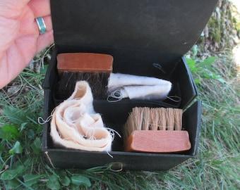 Vintage Shoe Polishing Kit Shoe Shine Kit