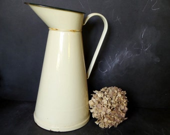 Vintage French large cream enamelled pitcher .Vase , Watering can .Shabby chic.Kitchen decor .French Country