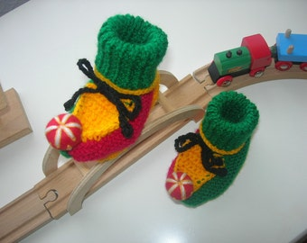 Rasta shoes. Jester. Baby booties. Pixie booties. Hand made.