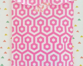 Set of 50 Paper Bags, honeycomb pink