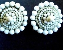 Vintage Earrings Miriam Haskell Beaded Round Clips in White Milk Glass and Ivory Demi Pearls