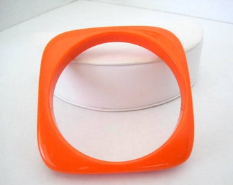 Orange Lucite Bangle -70's Square Bracelet -Collectible Bangle
