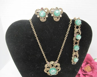 Green Necklace Set - Confetti Lucite - Brass Setting - Victorian Revival - Necklace  Bracelet Earrings 60's Parure