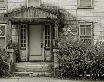 Haunted House, Salem, MA, Abandoned House, Black and White Photography, Travel Photography, Architectural Photography, Architecture
