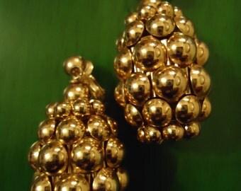 Vintage 1980s Boho Chic Golden Cluster Pineapple Shaped Earrings