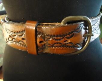 Vintage 1990s Boho Caramel Colored Ladies Handstamped Leather Ornate Design Belt