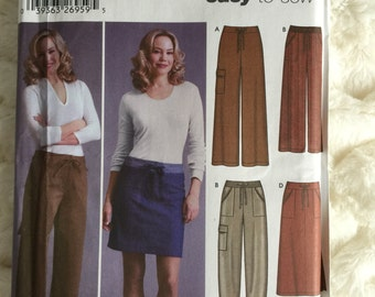 Simplicity Womens Skirt Pants and Shorts Sewing Pattern 5458 Size 6 8 10 12 Plus UC FF Uncut