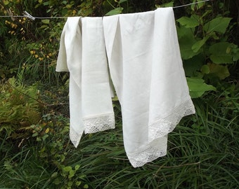 Ecru Linen Towel. Huckaback Towel. Linen Bath Towel. Linen sauna towel. Bathroom towel.  With Vintage Ecru Lace.