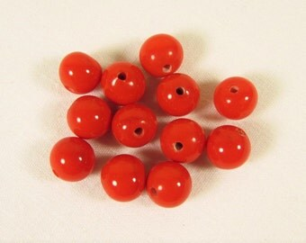 Cherry Red Glass Beads - Vintage Art Glass 10 mm