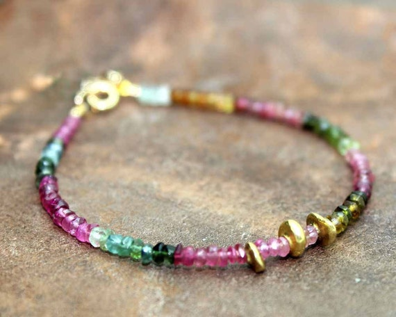 Ombre Watermelon Tourmaline Beaded Bracelet. Gemstone and Birthstone Jewelry. Gold Fill or Sterling Silver. Green Onyx Drop B-1912