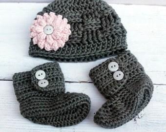 Newborn Baby Girl, Baby Girl Hat and Booties, Crochet Baby Boots, Baby Hat