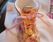 adorable  ceramic baby shoe lovely rose pattern, nice baby gift