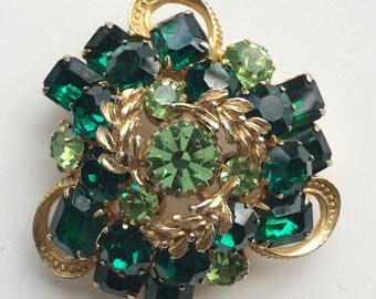 Juliana Rhinestone Brooch, Verified D and E Jewelry, Emerald Green Vintage Brooch, Delizza & Elster