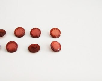 "SALE / Vintage 10 Burgundy Buttons 0.5""/ Plastic Flowers buttons"