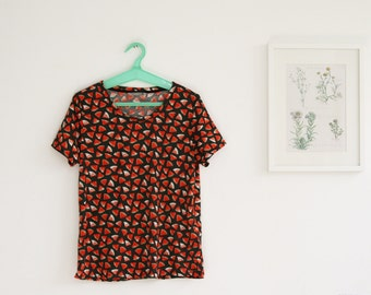 SALE / VNG watermelon shirt/ Short sleeved t-shirt/ Summer t shirt/ Printed Tee / Women Tshirt tunic
