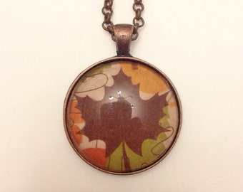 Autumn leaf pendant in antique copper, with matching necklace